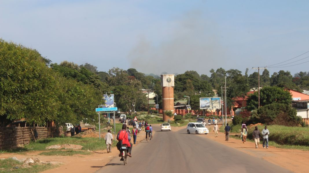 Gallery - RETAIL SHOPPING CENTRE, Mzuzu, Malawi